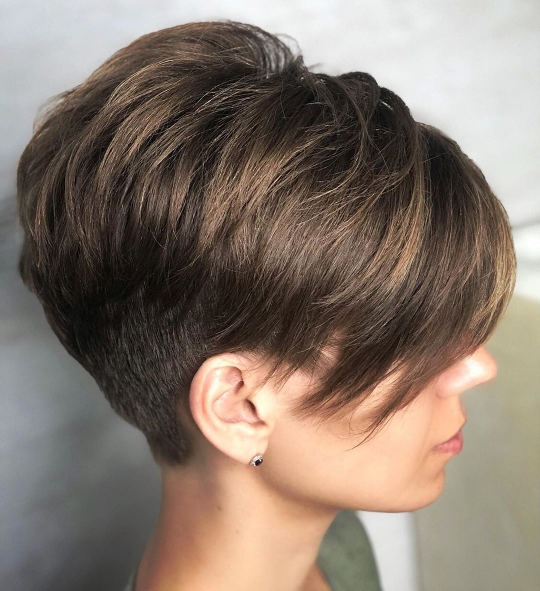 Most Current Short Feathered Bob Crop Hairstyles With 40 Short Hairstyles For Thick Hair (Trendy In 2019 (View 13 of 20)