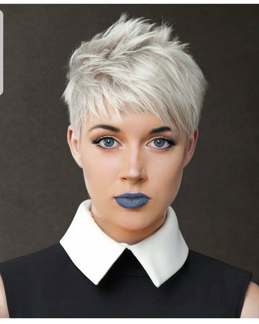 Most Up To Date Flipped Up Platinum Blonde Pixie Haircuts In 10 Easy Pixie Haircut Styles & Color Ideas (View 9 of 20)