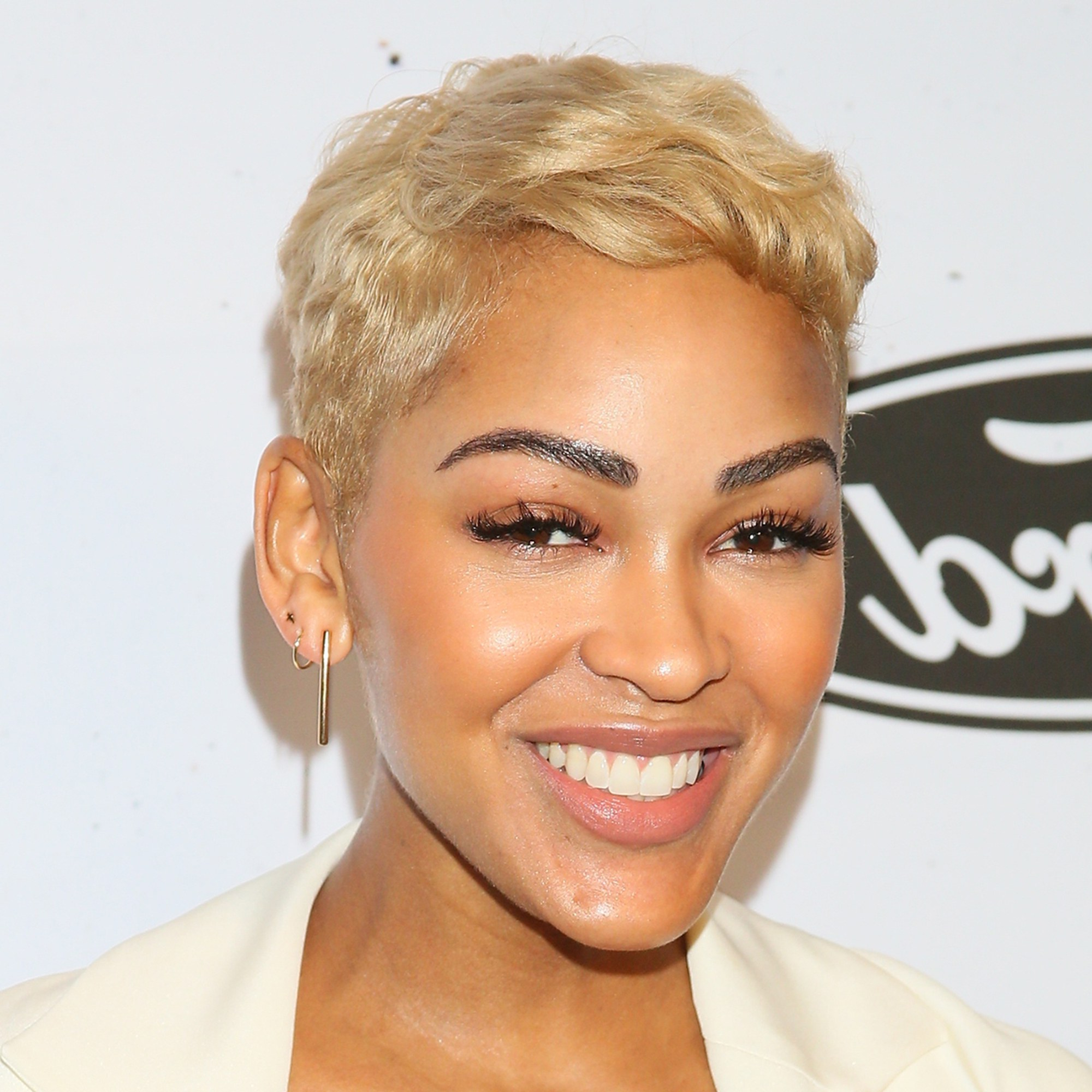 Most Up To Date Flipped Up Platinum Blonde Pixie Haircuts Inside 19 Best Pixie Cuts Of 2019 – Celebrity Pixie Hairstyle Ideas (View 10 of 20)