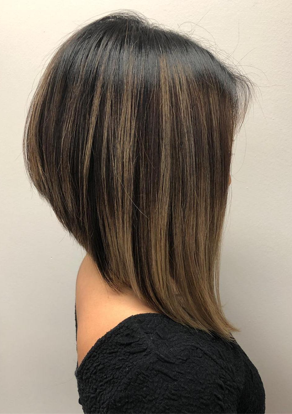 Most Up To Date Modern Swing Bob Hairstyles With Bangs Within 30 Amazing Inverted Bob Haircuts To Try This Year (View 14 of 20)
