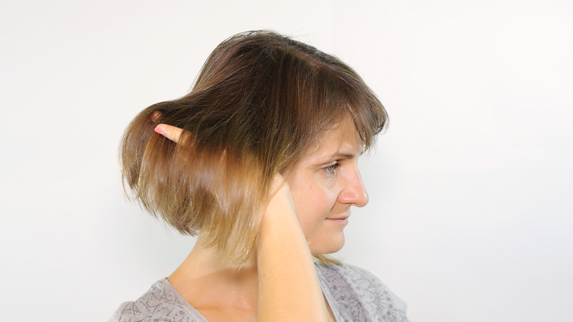 Most Up To Date Rounded Sleek Bob Hairstyles With Minimal Layers Pertaining To 5 Ways To Style A Bob – Wikihow (View 15 of 20)