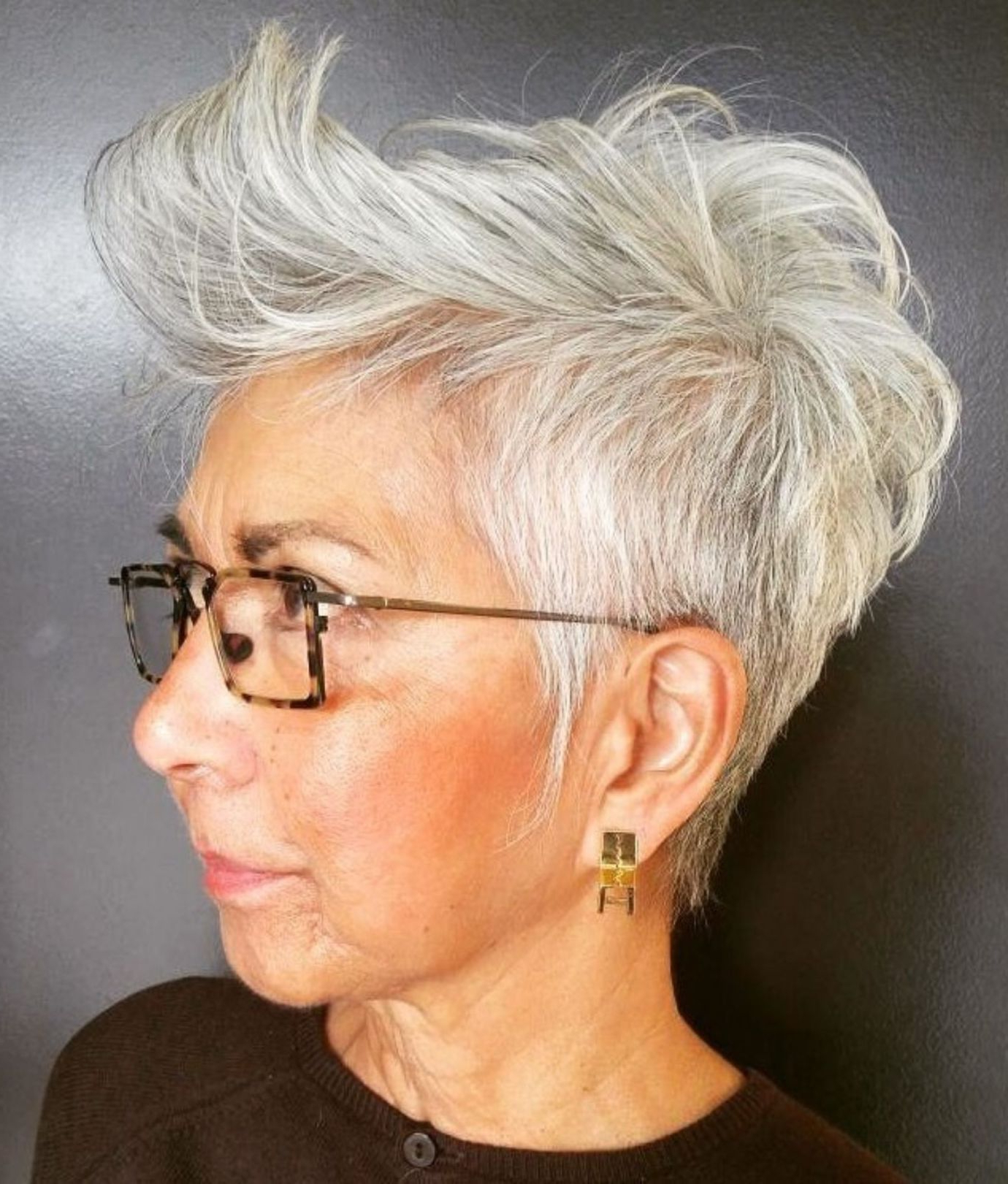 Preferred Flipped Up Platinum Blonde Pixie Haircuts Pertaining To 60 Gorgeous Gray Hair Styles (View 19 of 20)