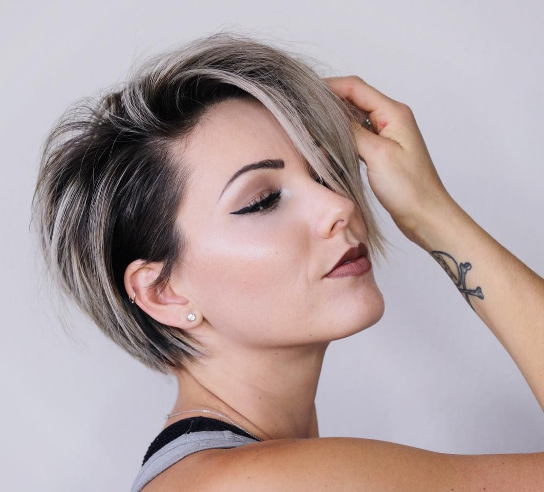 Short Blonde Hair With Shadow Roots @chloenbrown In 2020 Within Current Long Undercut Hairstyles With Shadow Root (View 18 of 20)
