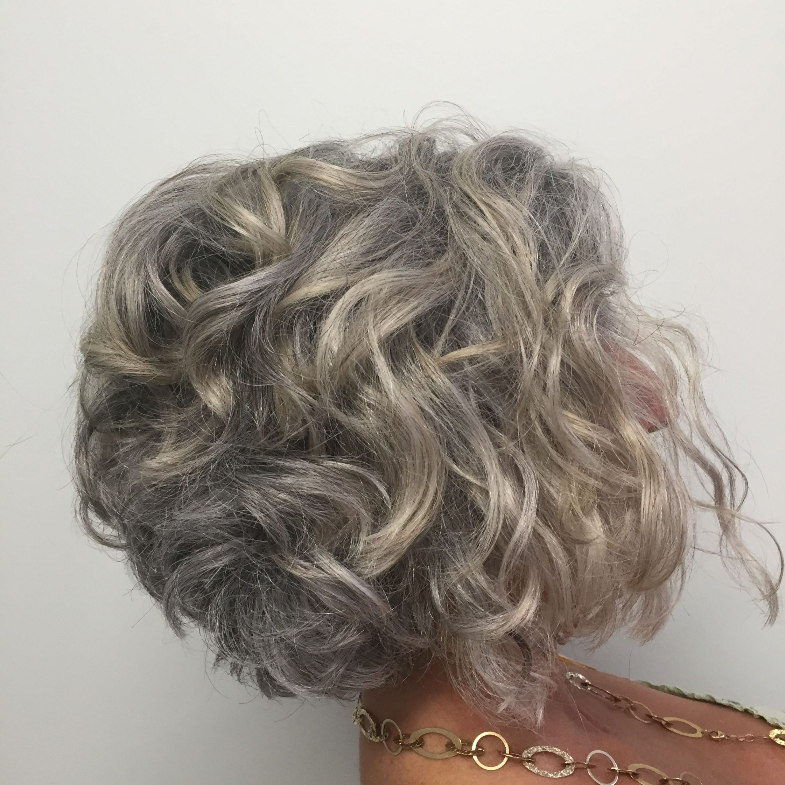 Short Curly Bob Hairstyles For Gray Hair #hairstyle (View 4 of 20)