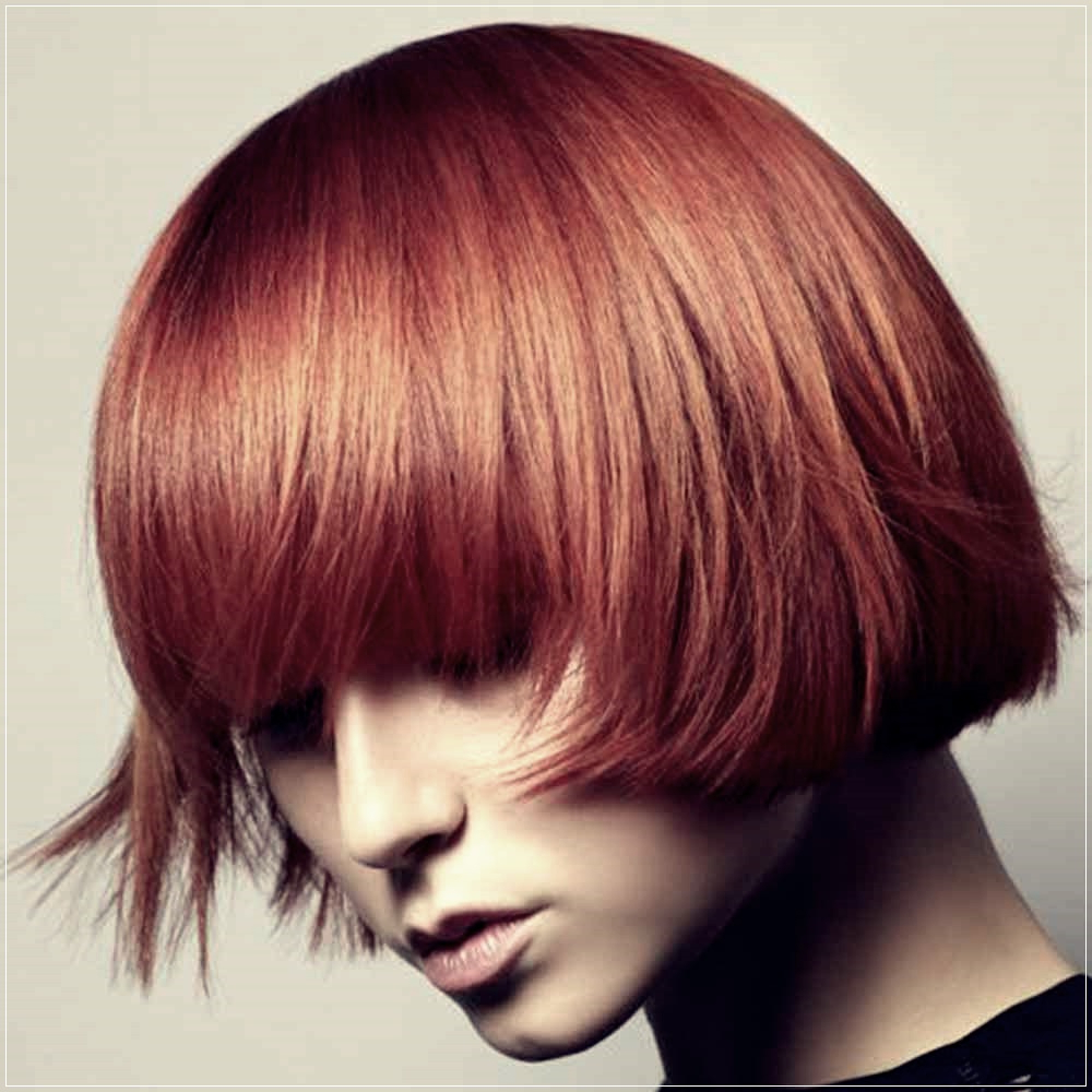 Short Haircuts Winter 2019 2020: All The Trends Within Trendy Pageboy Maroon Red Pixie Haircuts (View 17 of 20)