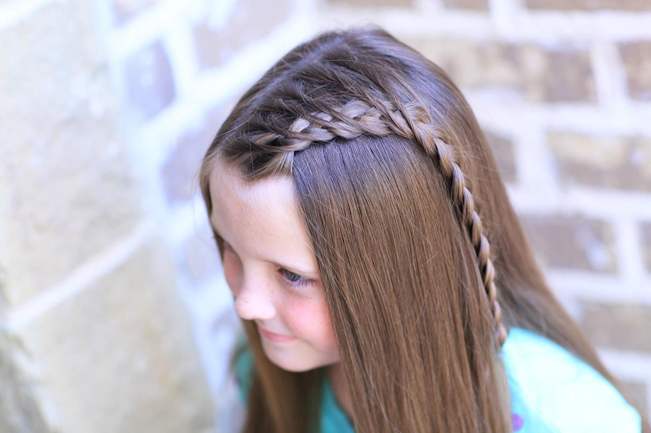 Trendy Side Dutch Braid Hairstyles For Side Dutch Braid (View 17 of 20)