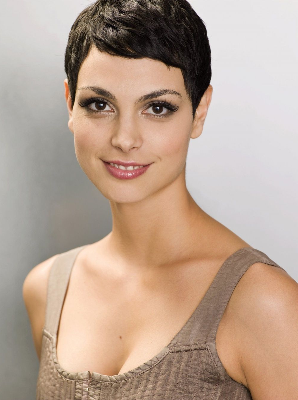 Well Known Morena Pixie Haircuts With Bangs In Morena Baccarin (View 18 of 20)