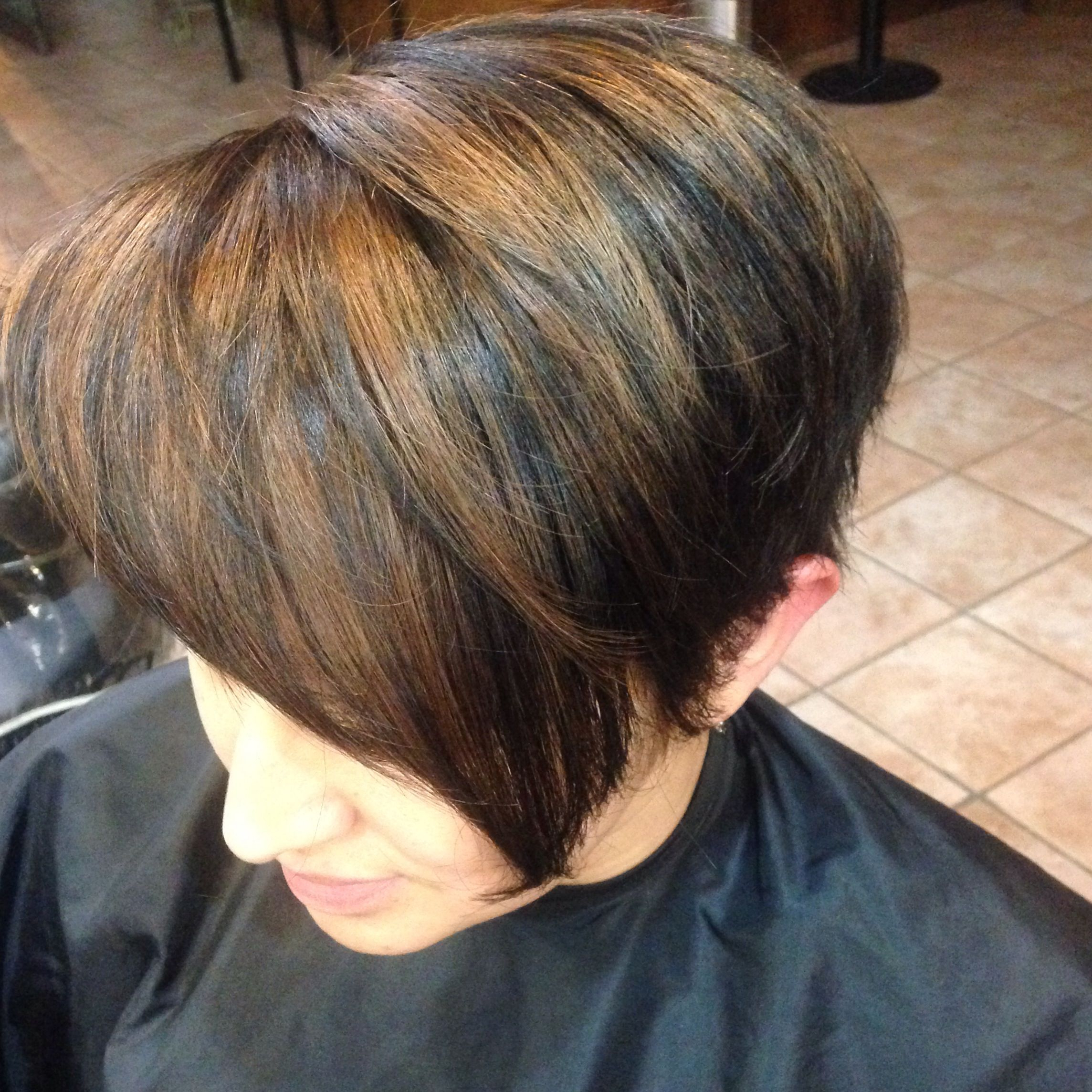 Well Known Short Side Swept Pixie Haircuts With Caramel Highlights Within Beautiful Short Hair With Dark Blonde Highlight Pixie (View 14 of 20)