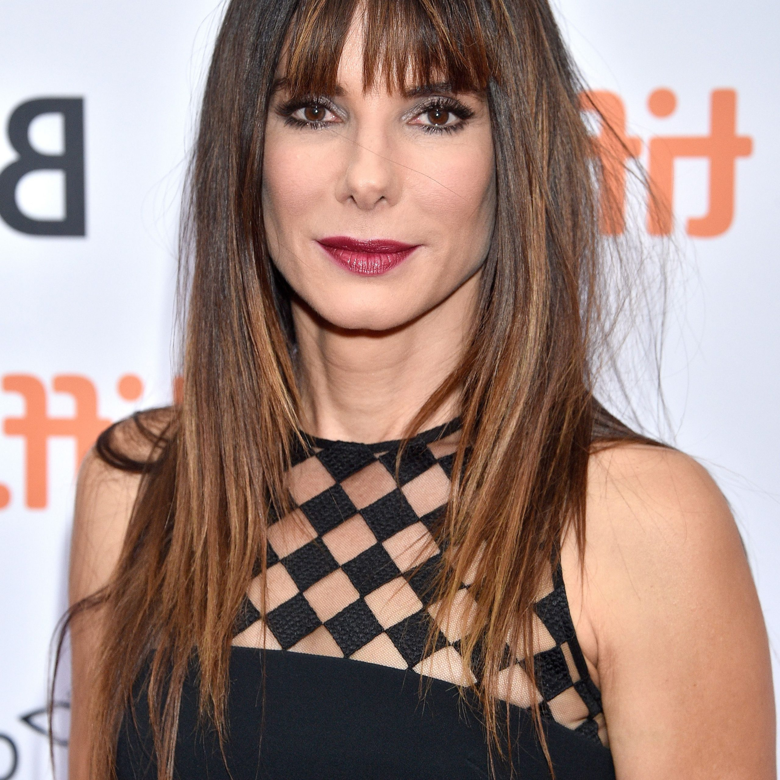 40 Best Hairstyles With Bangs – Photos Of Celebrity Haircuts For Famous Classy Feathered Bangs Hairstyles (View 6 of 20)