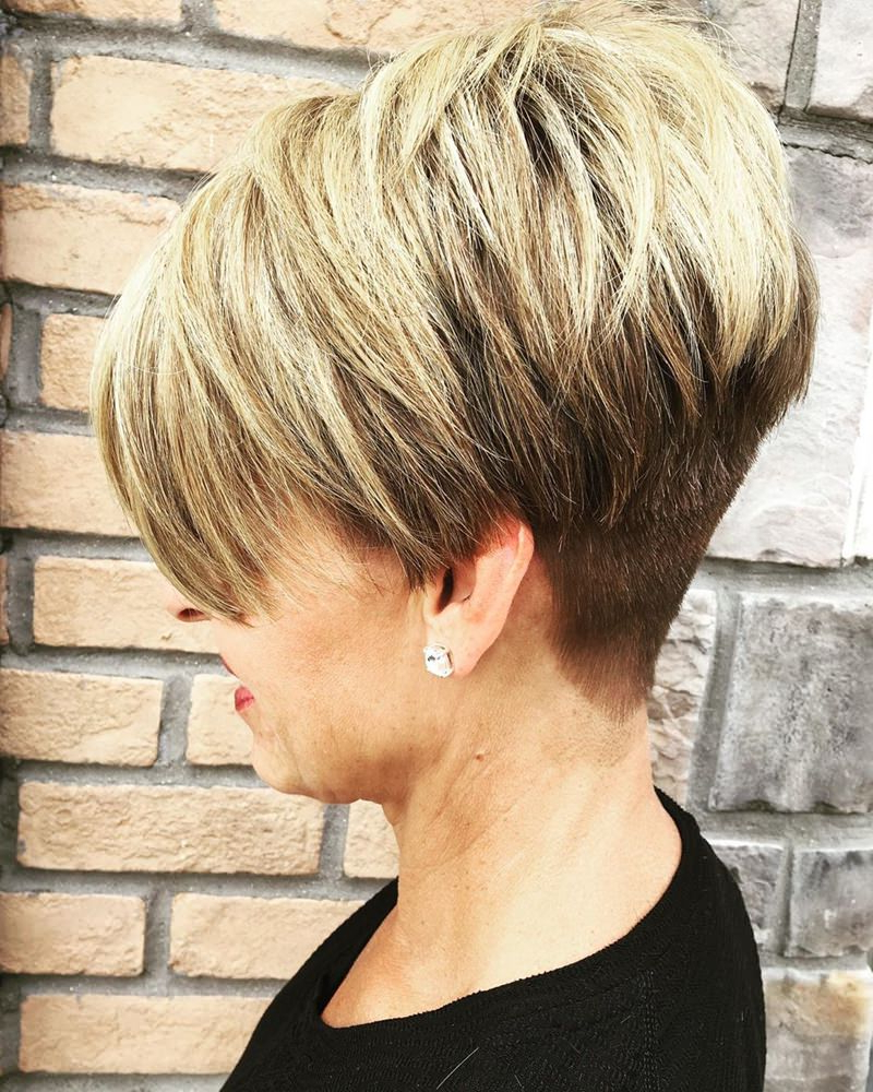 Favorite Oblique Feathered Bangs And A Pixie Cut Hairstyles With Regard To 177 Modern Wedge Haircut Approaches – The Feathery Effect (View 18 of 20)