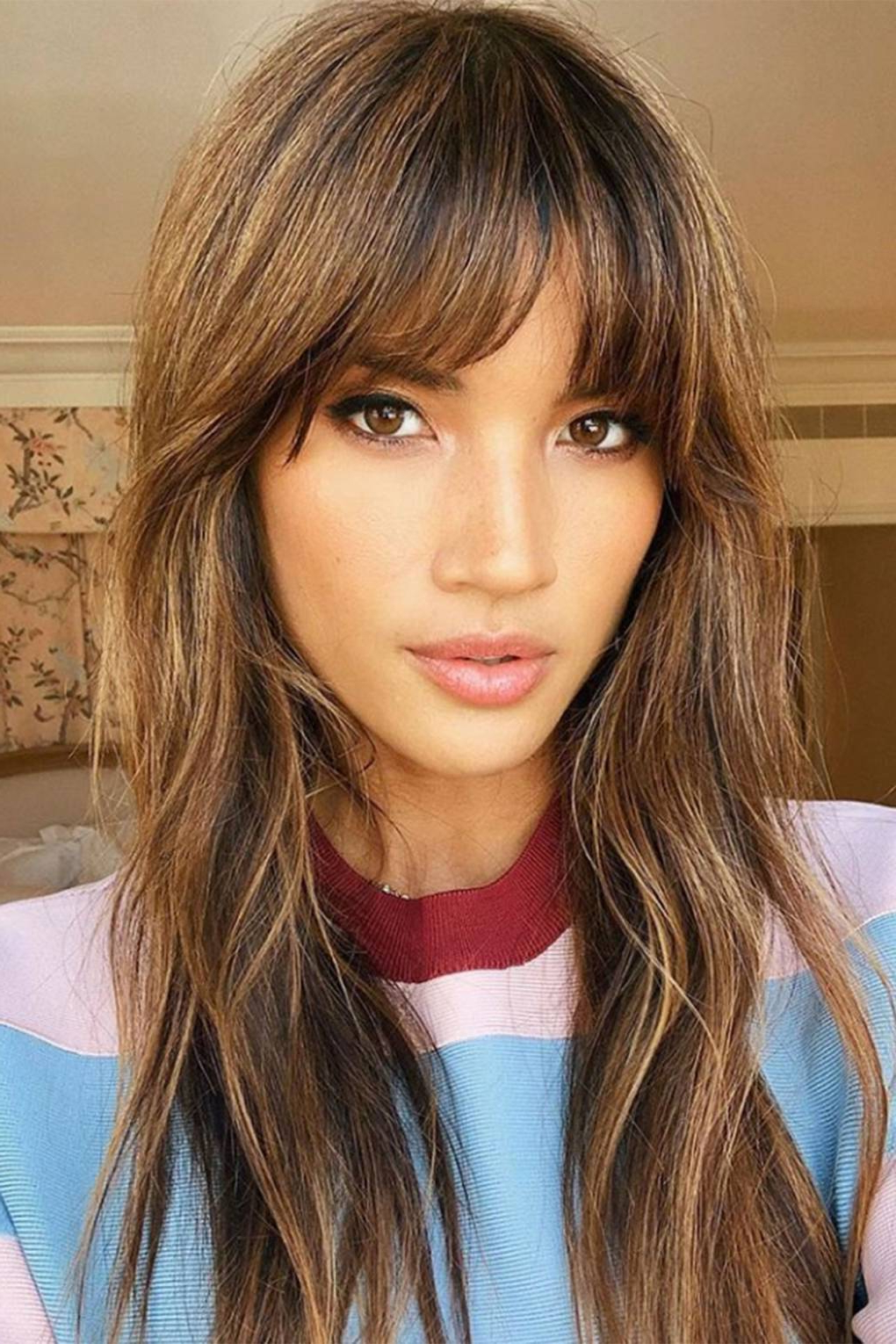 Most Current Side Swept Feathered Bangs Hairstyles Regarding Fringe Hairstyles From Choppy To Side Swept Bangs (View 14 of 20)