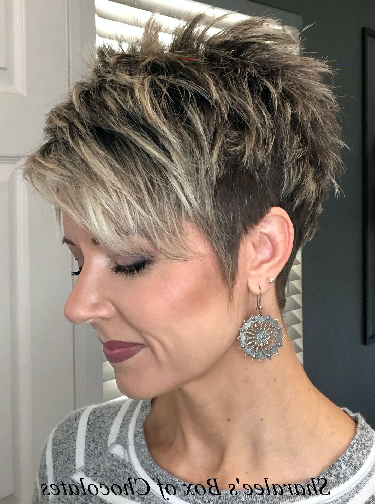 Most Recently Released Elegant Feathered Undercut Pixie Hairstyles With Regard To Pin On Cortes De Pelo (View 10 of 20)