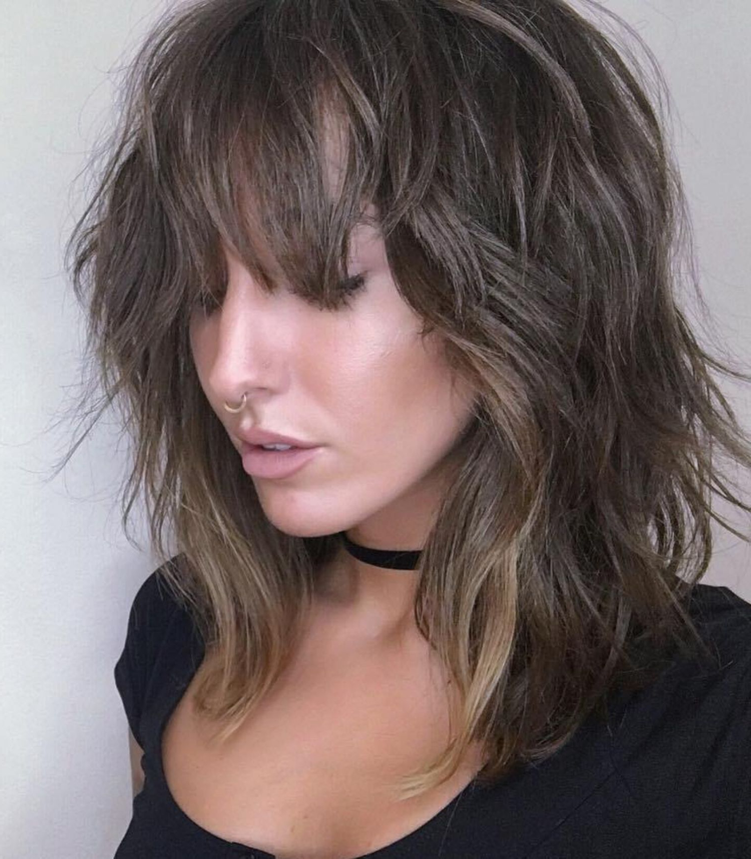 Most Up To Date Choppy Shag Hairstyles With Short Feathered Bangs With Medium Choppy Shag With Bangs (View 2 of 20)
