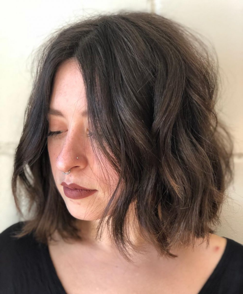 Top 25 Short Shag Haircuts To Get In 2020 Throughout Trendy Choppy Shag Hairstyles With Short Feathered Bangs (View 13 of 20)