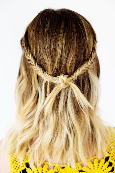 23 Medium Hairstyles For Women (View 15 of 20)