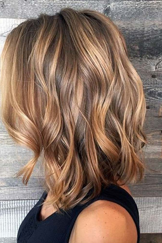 30 Caramel Highlights For Women To Flaunt An Ultimate For Most Up To Date Medium Length Curls Hairstyles With Caramel Highlights (View 8 of 20)