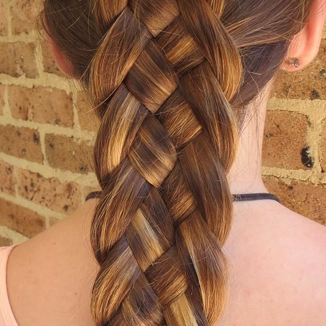 30 Elegant 5 Strand Braid Hairstyles (View 17 of 20)