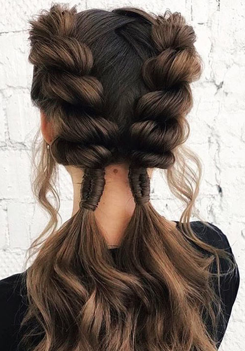 Featured Photo of Pancaked Side Braid Hairstyles