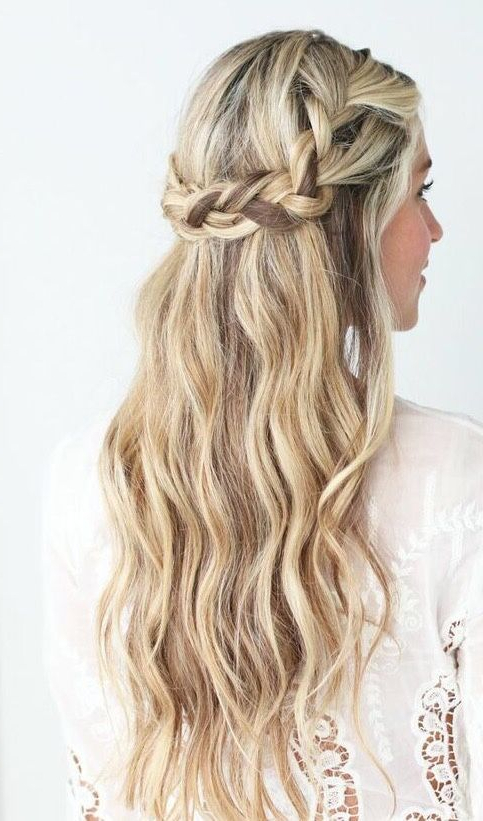 30 Trendiest And Most Chic Half Updos For Brides For 2020 Boho Braided Half Do Hairstyles (View 16 of 20)
