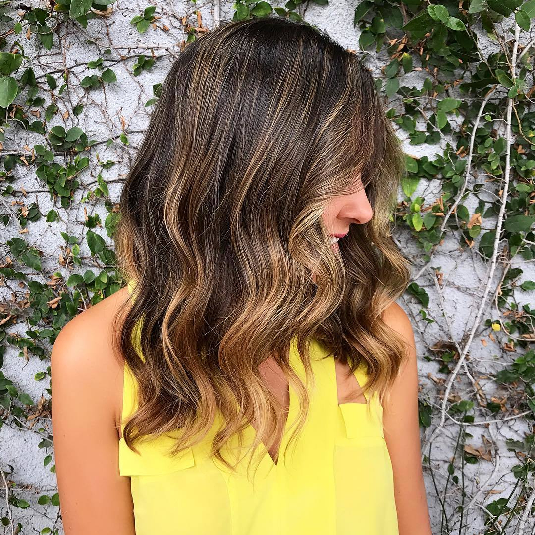 31 Best Caramel Highlights For Light And Dark Brown Hair Intended For Current Natural Curls Hairstyles With Caramel Highlights (View 2 of 20)
