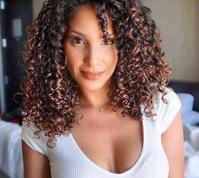 50 Best And Flattering Brown Hair With Blonde Highlights Regarding Well Known Natural Curls Hairstyles With Caramel Highlights (View 15 of 20)