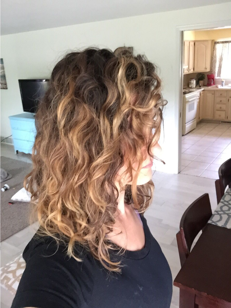 Balayage Naturally Curly Hair – Donesarah Collier Pertaining To Widely Used Painted Golden Highlights On Brunette Curls Hairstyles (View 11 of 20)