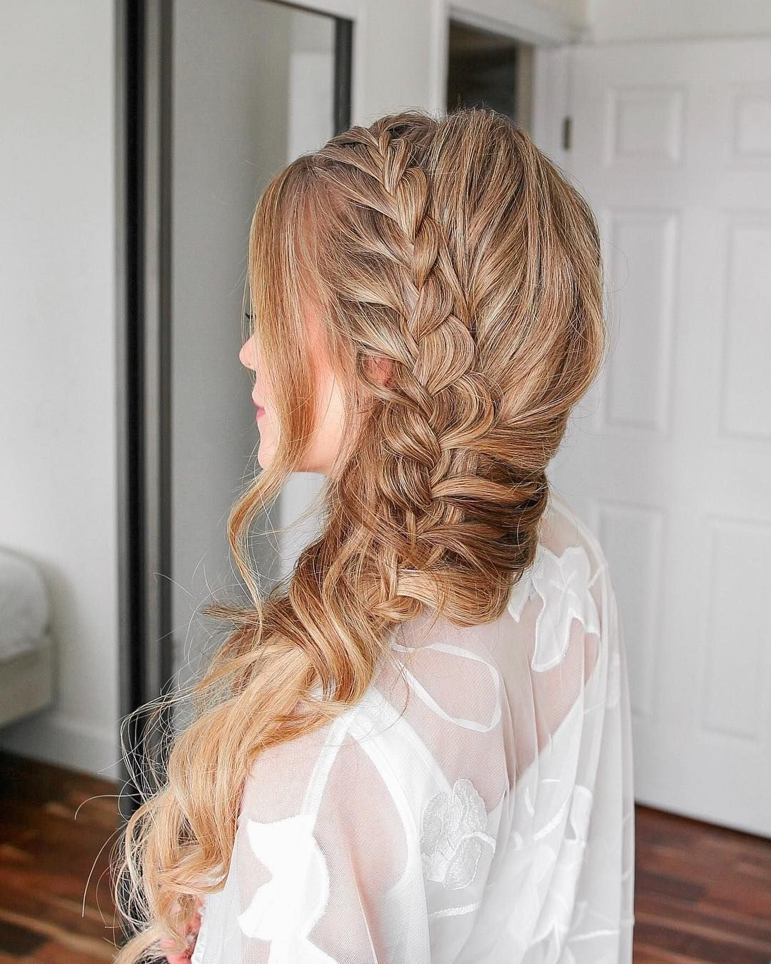 Current Mermaid Side Braid Hairstyles With Regard To Lace Mermaid Side Braid Comment Below With A 🧜🏼♀️🧜🏼♀️ (View 16 of 20)