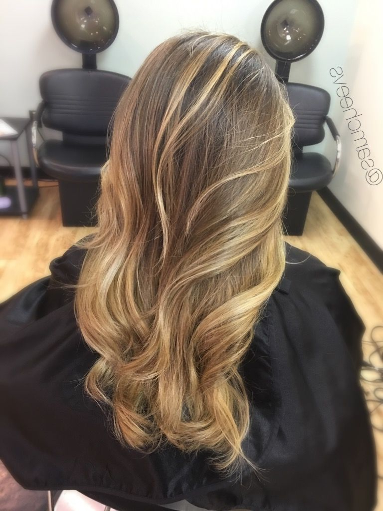 Dark Roots With Sun Kissed Honey Platinum Warm Pearl With Regard To Most Recent Honey Kissed Highlights Curls Hairstyles (View 8 of 20)