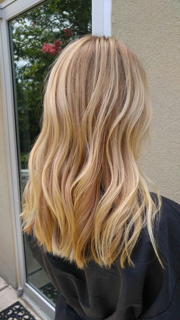 Famous Curls Hairstyles With Honey Blonde Balayage Throughout #fallhaircolor #stephaniemayeauxhair #balayage #blondes # (View 7 of 20)