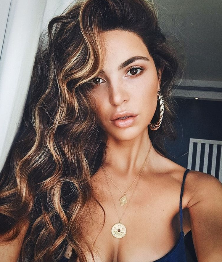 Famous Short Loose Curls Hairstyles With Subtle Ashy Highlights Pertaining To D1f6814bd243426390ab42c1b5ac3a32 750×884 Pixels (View 17 of 20)