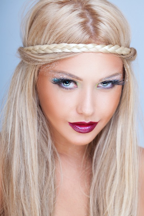 Fashionable Hippie Braid Headband Hairstyles With Regard To Bohemian Hairstyles (View 14 of 20)