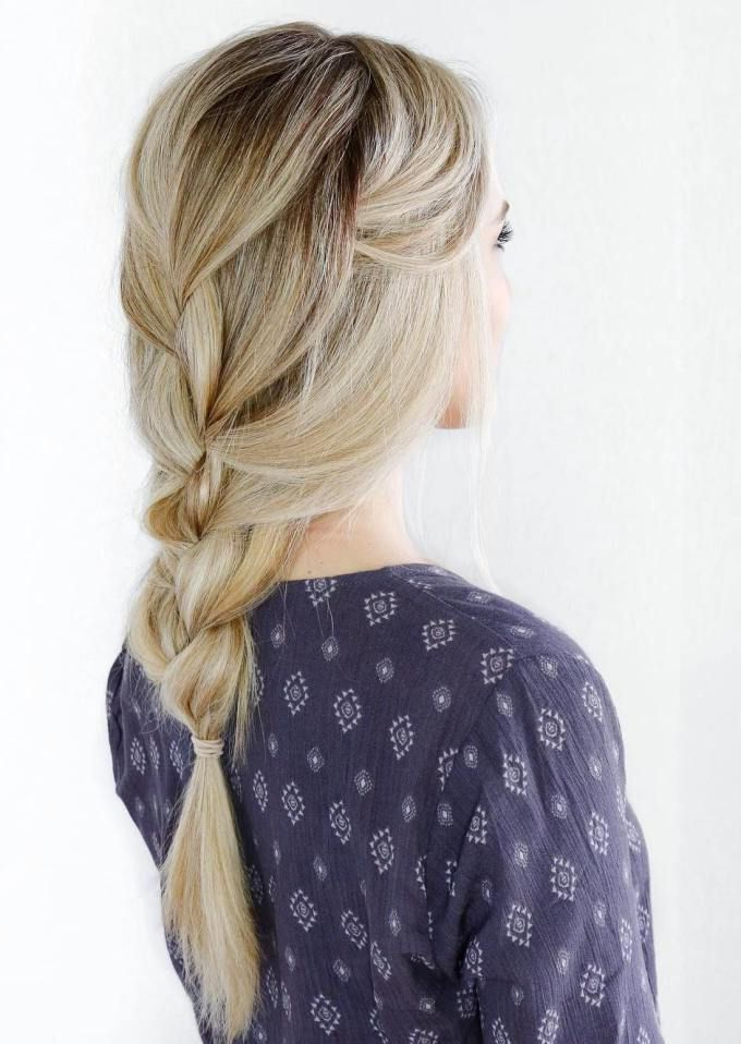 Fashionable Loose Historical Braid Hairstyles Intended For 5 Quick And Easy Fall Hairstyles (View 4 of 20)
