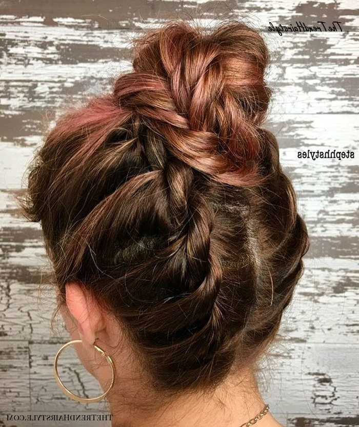 Fringed Donut Style – Messy Bun Guide: 40 Newest Messy With Regard To Well Liked Messy Twisted Braid Hairstyles (View 12 of 20)