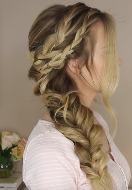 Get A Gorgeous Mermaid Side Braid With These Steps (View 12 of 20)