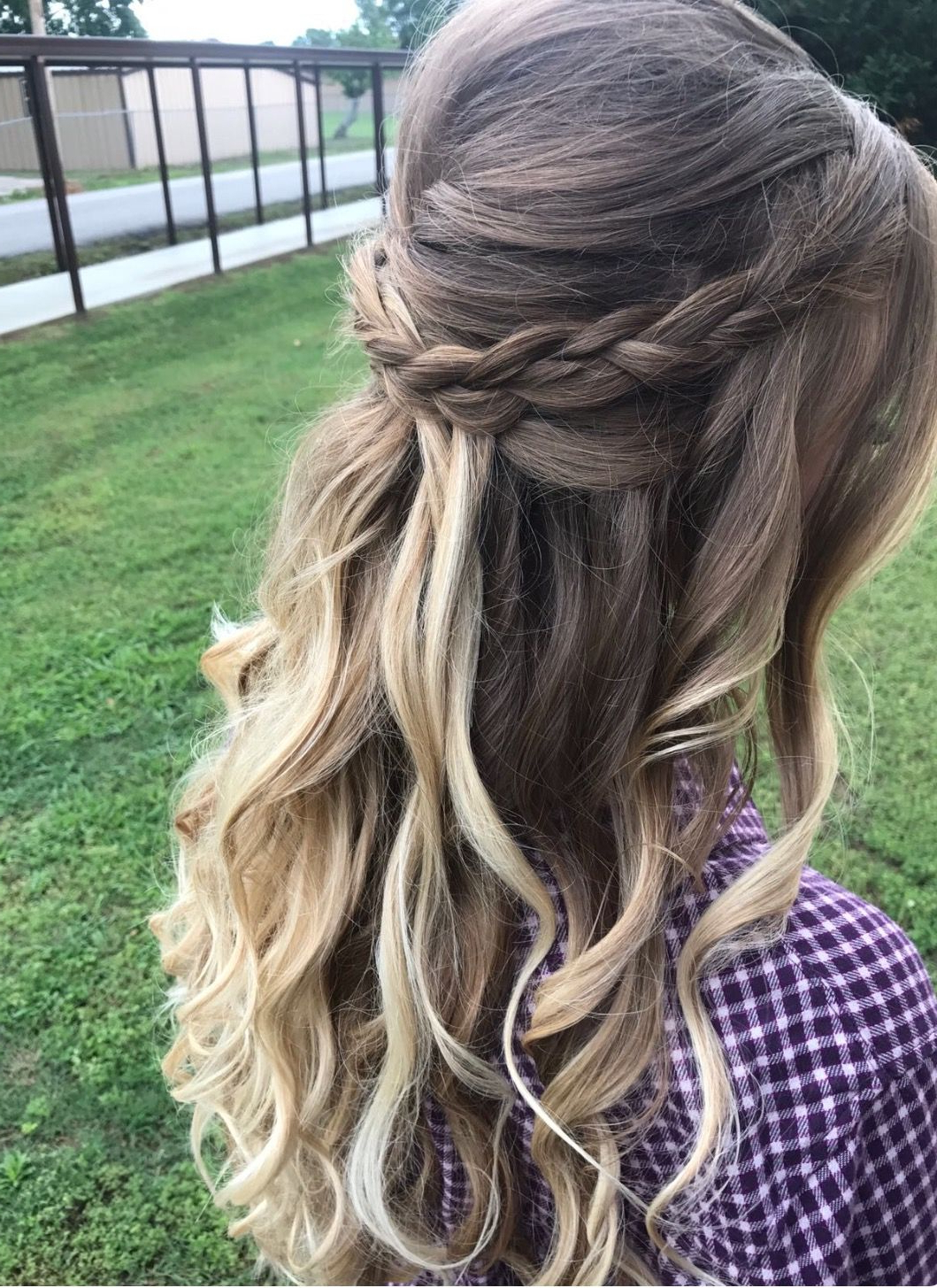 Half Up/half Down Hair With Messy Braid And Loose Curls Inside Latest Loose Highlighted Half Do Hairstyles (View 3 of 20)