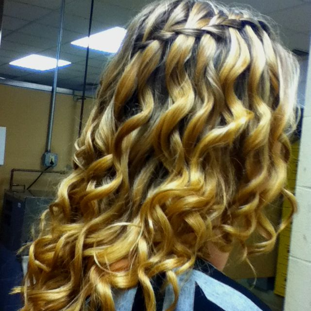 Featured Photo of The Waterfall Braid Hairstyles