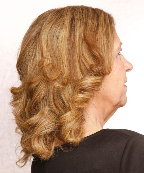 Medium Wavy Light Copper Red Hairstyle With Light Blonde Throughout Most Current Curly Pixie Hairstyles With Light Blonde Highlights (View 2 of 20)