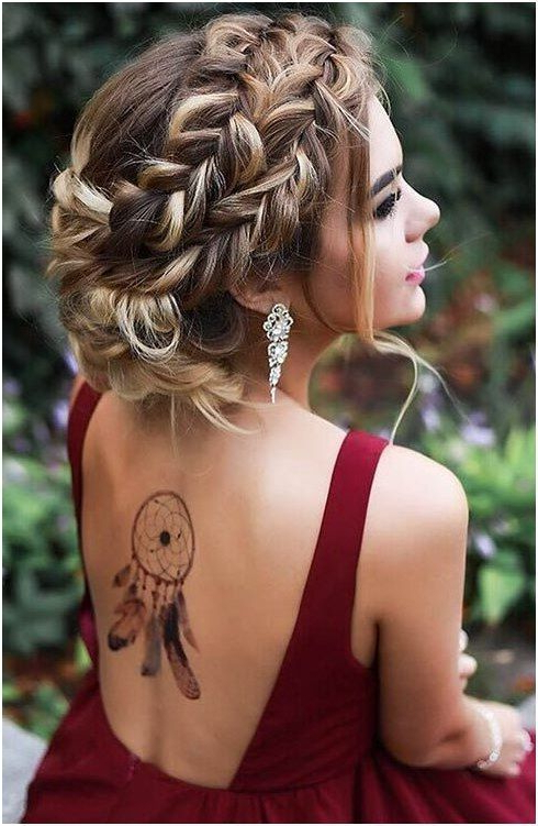 Messy French Braided Boho Updo For Prom #mediumhair # Intended For 2020 Messy Twisted Braid Hairstyles (View 16 of 20)