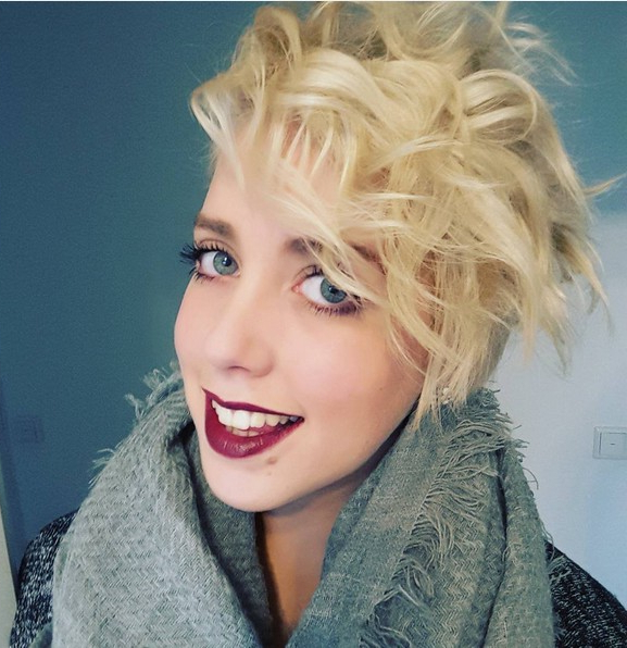 Popular Curly Pixie Hairstyles With Light Blonde Highlights For 18 Textured Styles For Your Pixie Cut – Popular Haircuts (View 11 of 20)