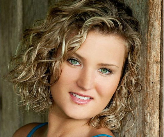 Preferred Natural Curls Hairstyles With Caramel Highlights Regarding Natural Curly Caramel Highlights 13 – Short Haircut Styles (View 16 of 20)