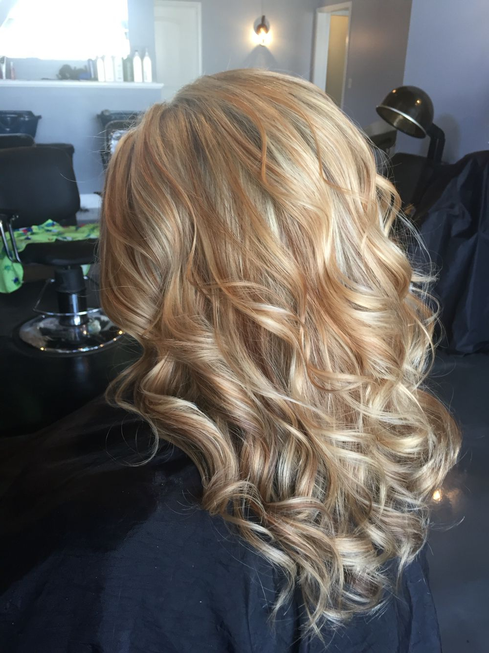 Well Known Honey Kissed Highlights Curls Hairstyles For White Blonde Highlighted With Warm Caramel And Coffee (View 4 of 20)