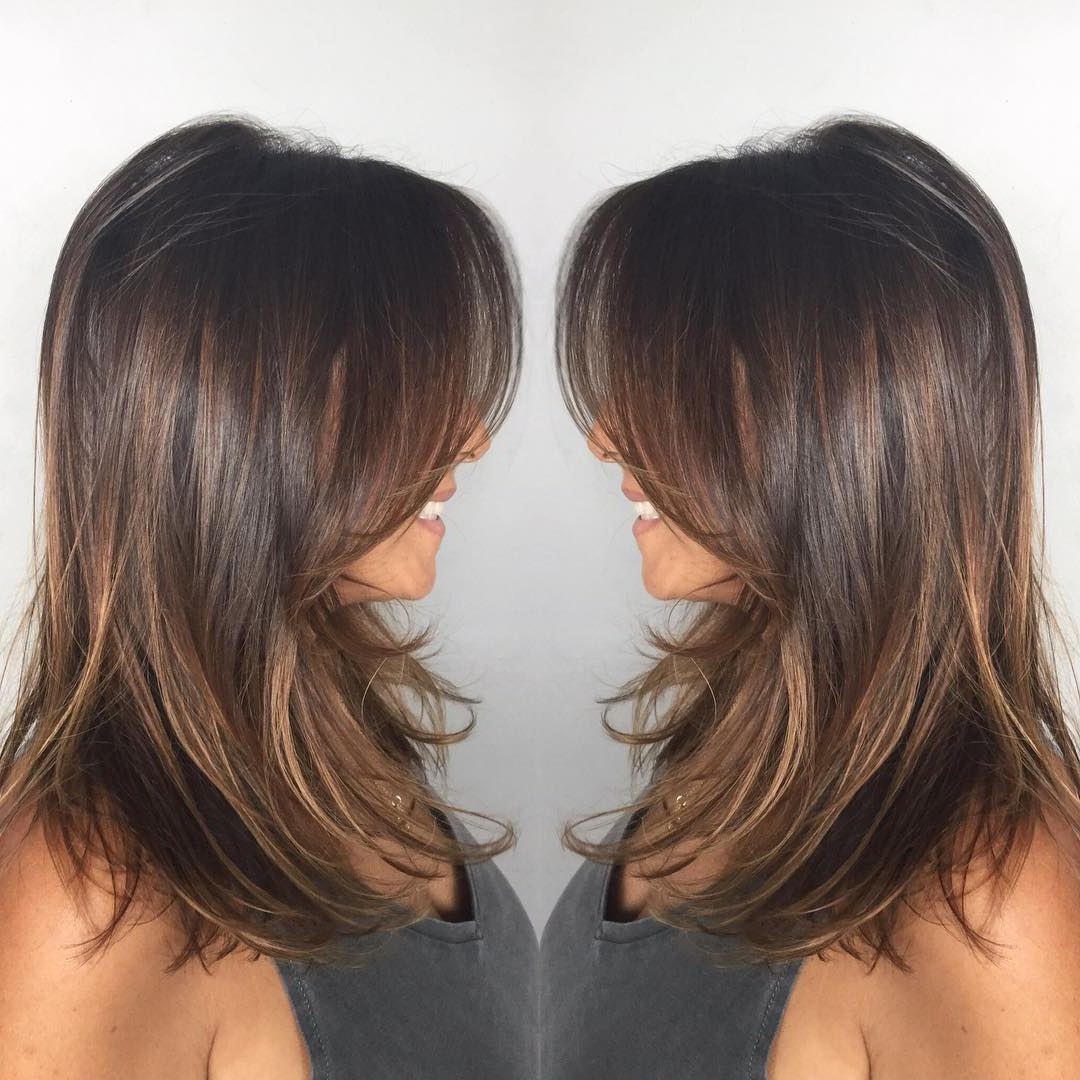 Well Known Middle Length Hairstyles With Highlights And Bangs Throughout 30 Cute Daily Medium Hairstyles 2018 – Easy Shoulder (View 17 of 20)