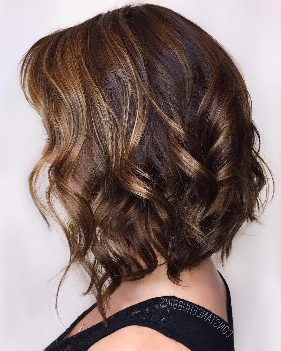 13 Beautiful Brown Hair With Blonde Highlights And Lowlights Pertaining To Short Brown Hairstyles With Subtle Highlights (View 7 of 20)