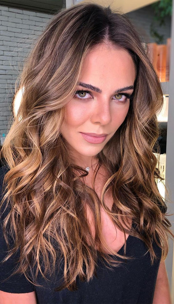 15 Chocolate Brown Hair Color With Caramel Highlights Pertaining To Brown Blonde Sweeps Of Color Hairstyles (View 16 of 20)