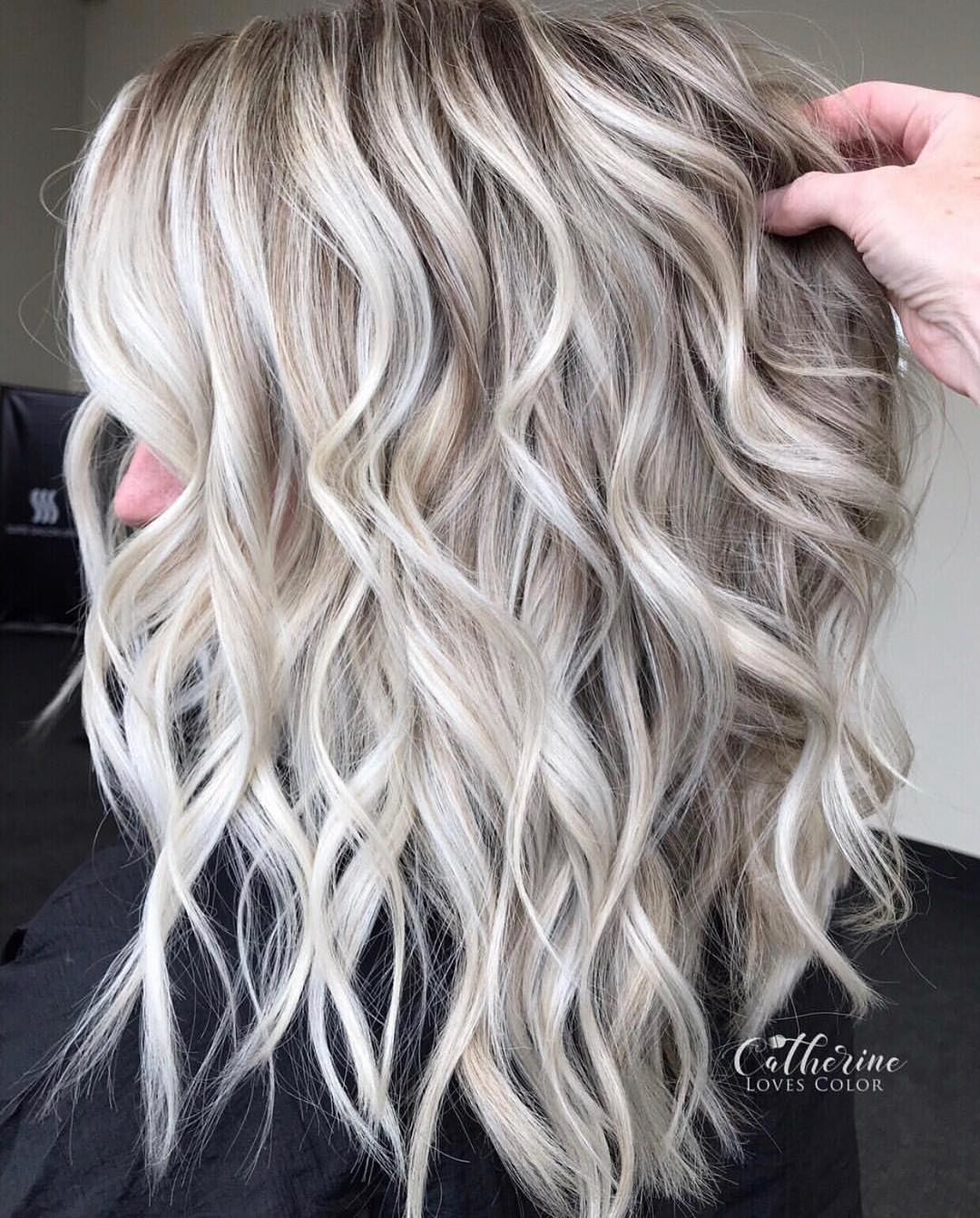 20 Caramel Highlights For Dark Brown Hair 2021 – Short Intended For Short Brown Hairstyles With Subtle Highlights (View 15 of 20)