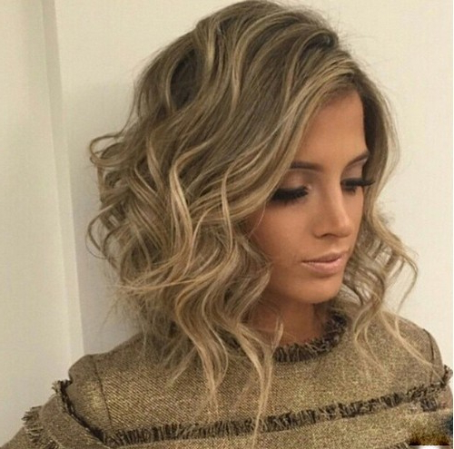 20 Popular Messy Bob Haircuts We Love – Popular Haircuts Within White Blonde Curly Layered Bob Hairstyles (View 17 of 20)