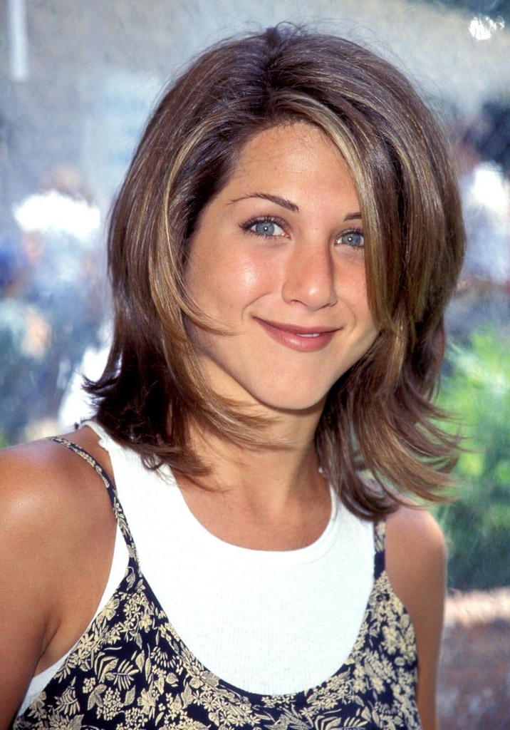 """Featured Photo of """"The Rachel"""" Haircuts"""