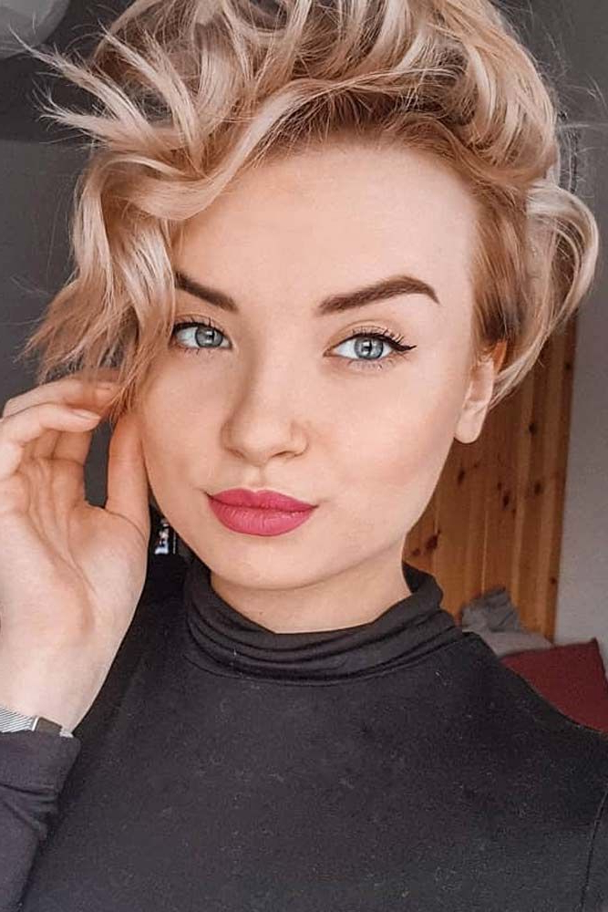 2018 Feminine Pixie Hairstyles With Asymmetrical Undercut In 35+ Types Of Asymmetrical Pixie To Consider (View 14 of 20)