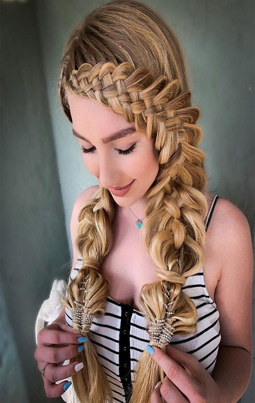 Featured Photo of Pigtails Hairstyles