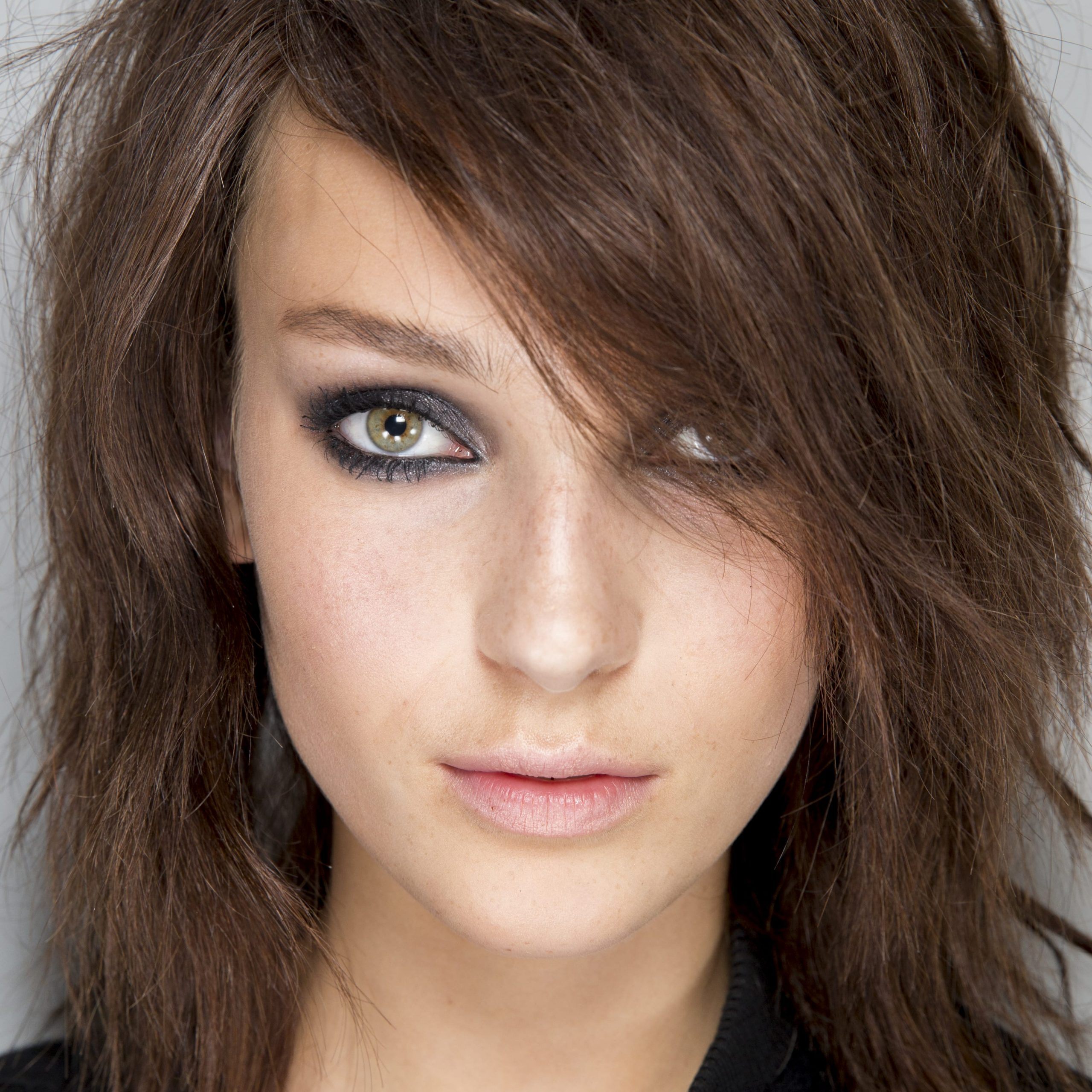 2019 Lob Hairstyles With Face Framing Layers With Regard To The Best Layered Haircuts For Fine Hair: Time To Amp Up (View 15 of 20)